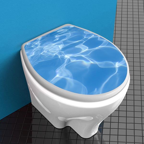 Top servizi igienici acqua della piscina for Bagno della piscina